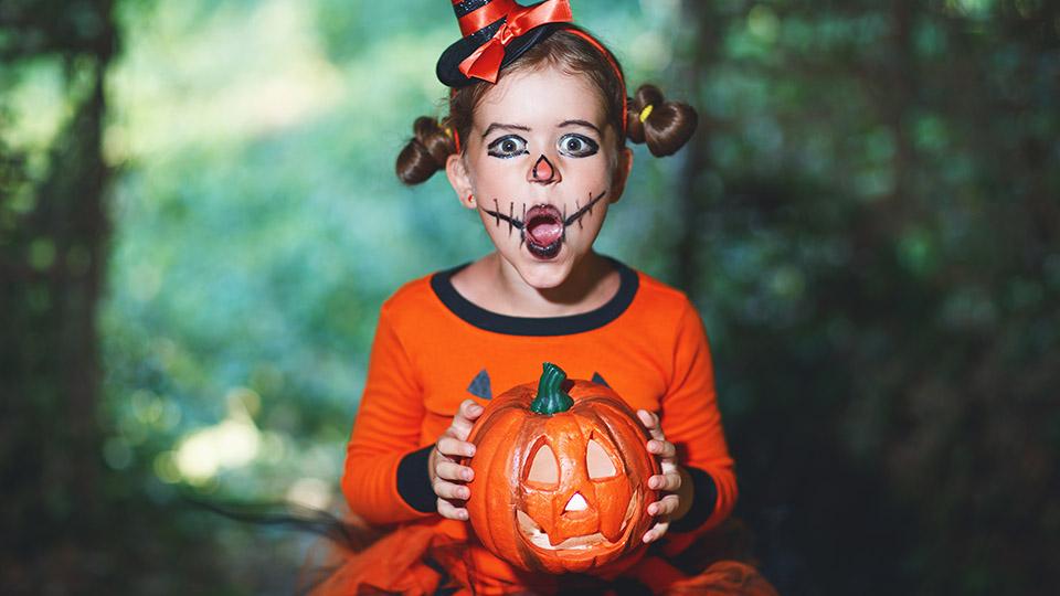 Halloween Gruselige Schminktipps.Grusel Make Up Tipps Wie Du Kinder Zu Halloween Schminkst Play Blog